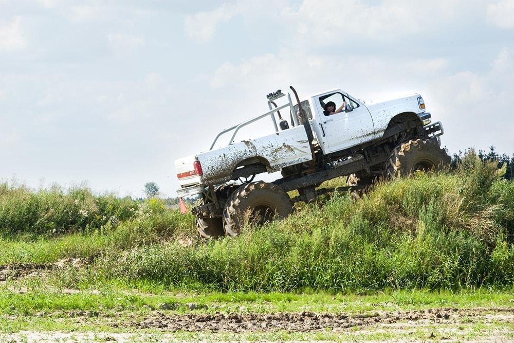 monster truck adrenalina na wyzynach
