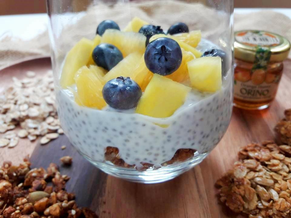 domowa granola zsuszonymi owocami