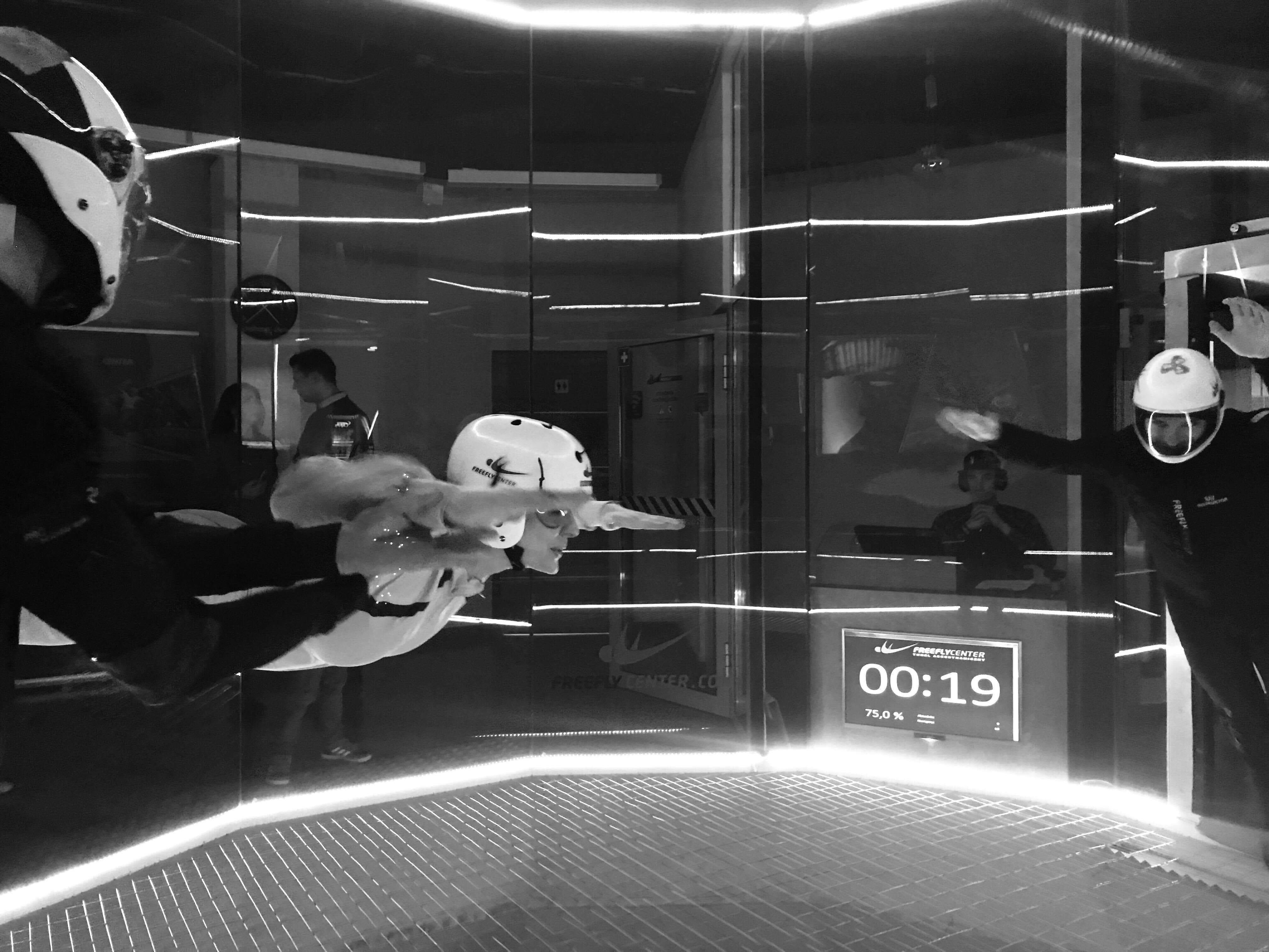 Lot w tunelu aerodynamicznym FreeFlyCenter