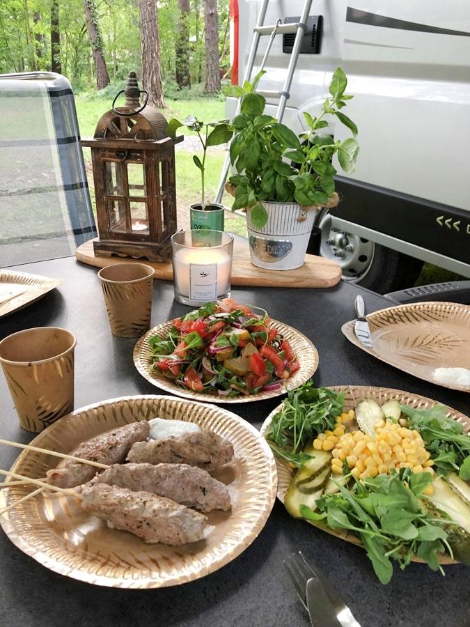 dania które możesz zrobić wkamperze szisz kebab