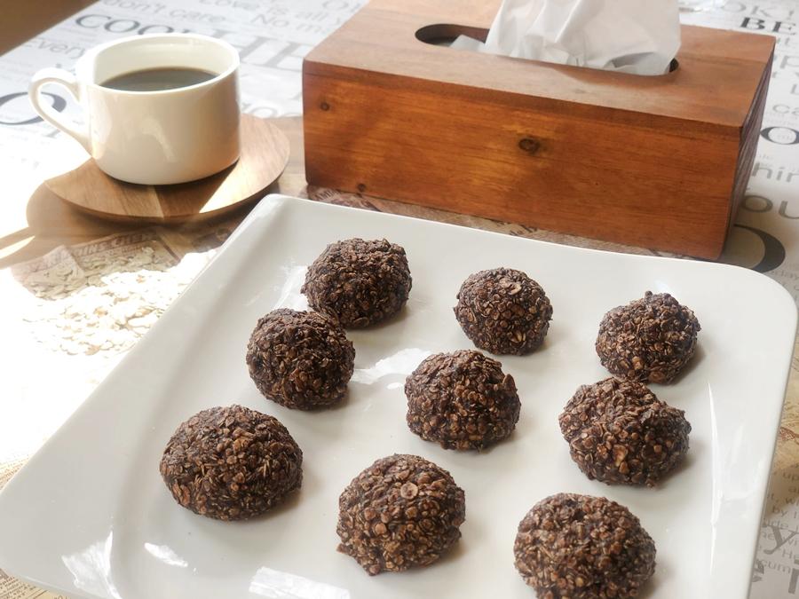 kulinarne inspiracje kakaowe kuleczki z płatków owsianych okladka